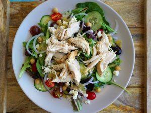 healthy easy greek salad chicken